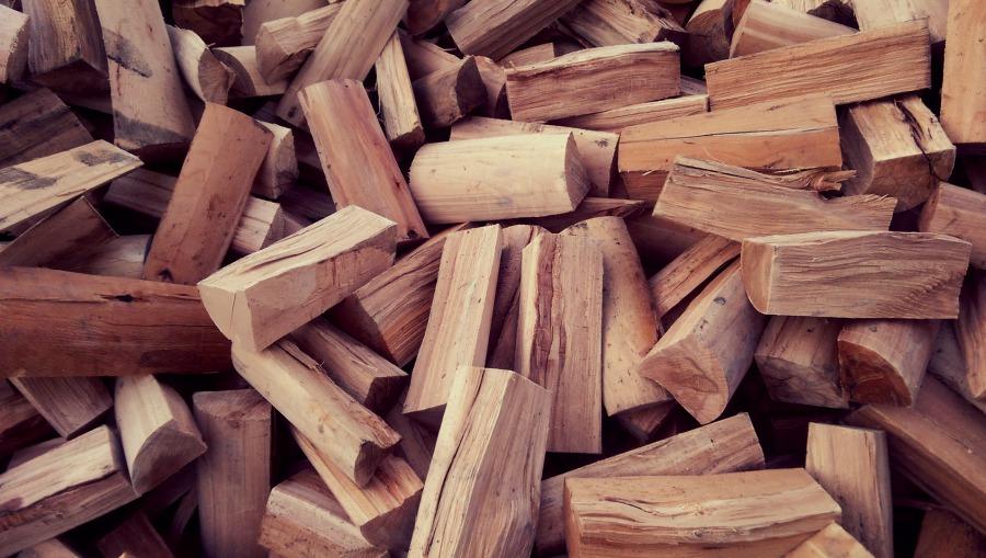 kluger brennholzmarkt lage verkauf von stammholz brennholz buchenbrennholz kernholz und. Black Bedroom Furniture Sets. Home Design Ideas